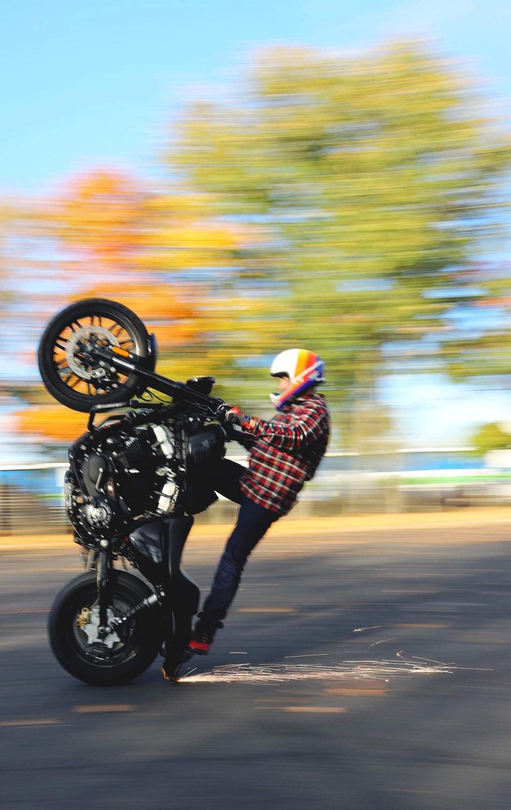 Maciej DOP Harley Davidson Stunt 24