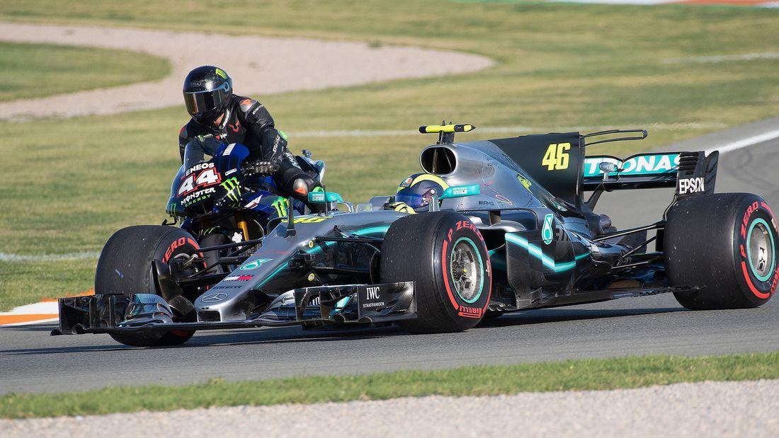 Lewis Hamilton Valentino Rossi Fahrzeugtausch 2019 169FullWidth 808d1b8b 1655926